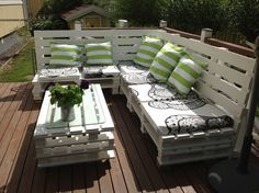 Outdoor sofa from recycled pallets.