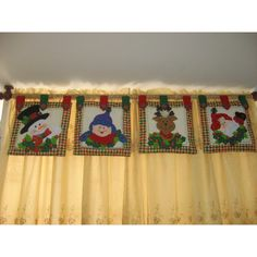 cortinas navideñas - Buscar con Google Curtain Trim, Curtains, Christmas Deco, Christmas Crafts, Xmas Decorations, Needle And Thread, Decoupage, Baby Shower, Quilts