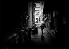 © Adrian Donoghue Back alley
