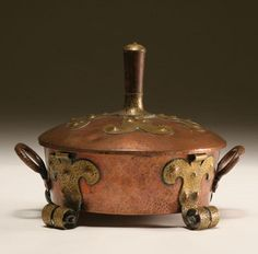 "Benedict Studios Hammered Copper & Brass Covered Dish with Wooden Handle - 9"" x 11-1/2"""