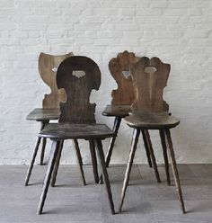 French and Swiss Mountain Chairs Cabin Furniture, Country Furniture, Vintage Furniture, Alpine Furniture, Modern Cabin Interior, Chalet Design, Chair Pictures, Rustic Chair, Cool Chairs