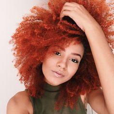 Júlia Lira, ginger hair, black power, redhead
