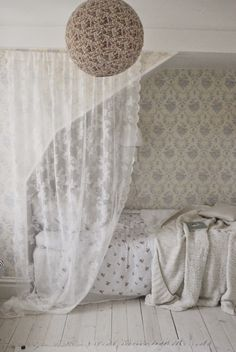 Lace Curtain and Floral Patterned Sheets Shabby Chic Bedrooms, Cozy Bedroom, Dream Bedroom, Bedroom Decor, Beach Bedding Sets, Luxury Bedding Collections, Room Inspiration, Decoration, Interior Design