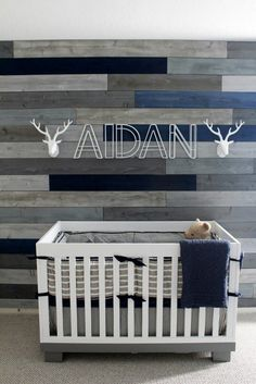 Like the heads and baby name babyletto Modo spotted on Project Nursery - Gray and Blue Pallet Wall in this Modern Navy & Grey Rustic Nursery Nursery Themes, Nursery Room, Nursery Gray, Wood Nursery, Rustic Nursery Boy, Nursery Ideas, Grey And Navy Nursery, Nursery Modern, Bedroom Modern