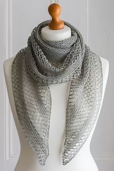 Ravelry: Interlude shawl in Eden Cottage Yarns Oakworth 4ply - knitting pattern by Janina Kallio.