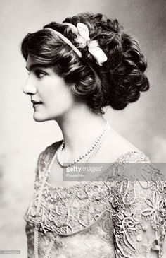 British actress and singer Lily Elsie, circa British actress and singer Lily Elsie, circa 1916 Lily Elsie, Edwardian Fashion, Vintage Fashion, Edwardian Clothing, Vintage Photographs, Vintage Photos, Designer Image, Edwardian Hairstyles, Gibson Girl