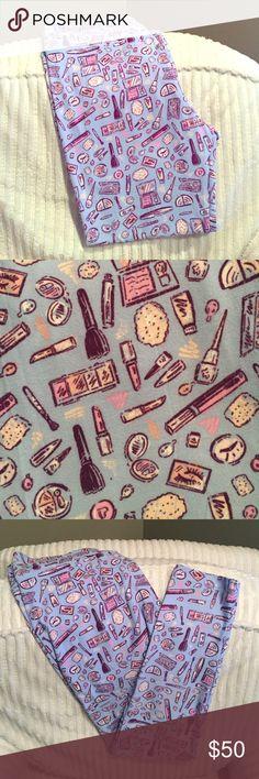 💄Makeup💄 TC LuLaRoe Leggings NWT 💄Makeup💄 TC LuLaRoe Leggings. Buttery Soft! Blue background/Periwinkle with pinks, peaches, white, and deep plum make-up goodies galore! Super cute & feminine! 💗 LuLaRoe Pants Leggings