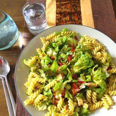 Pesto salad with smoked chicken and pasta.