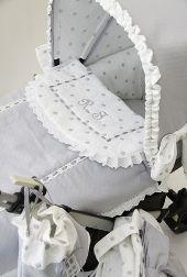 Babyluna. Fundas y saquitos de diseño para Bugaboo. Bugaboo Bee, Bebe Baby, Rabbit Baby, Baby Gown, Prams, Baby Needs, Love Sewing, Baby Quilts, Light Colors
