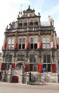Stadhuis (City Hall) Den Haag (Holland) gesloten (closed). Hier ben ik met Marco getrouwd.