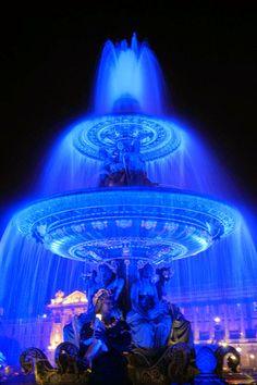 Blue fountain in Paris