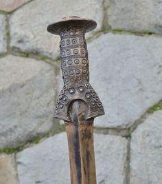 Empuñadura de espada - Cultura lusaciana (Edad de Bronce).