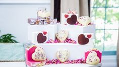 Soap Queen Anne-Marie Faiola's easy DIY HEART LOTION BARS are the perfect gift. Get more inspiration on Home & Family weekdays on for more recipes. Home And Family Crafts, Home And Family Tv, Home And Family Hallmark, Home Crafts, Craft Gifts, Diy Gifts, Hallmark Homes, Lotion Bars, Home Made Soap