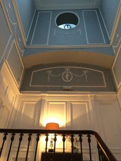 no 1 royal crescent staircase - Google Search Museum Displays, Historic Homes, Room Set, Somerset, Stairs, England, Bath, Architecture, Building