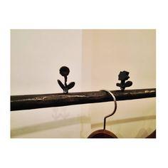 "21 Me gusta, 1 comentarios - @gumi105 en Instagram: ""こんなところにもflower。  #京都 #kyoto #minaperhonen #ミナペルホネン #minaperhonenpiece #久しぶりの京都 #flower"""