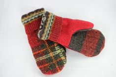 Mittens, Rusty Red and Orange Plaid Sweater Mittens, MEDIUM - felted mittens - Sweaters Sweater Mittens, Ugly Sweater, Wool Sweaters, Recycled Sweaters, Snow Angels, Wool Felt, Sewing Projects, Plaid, Tartan
