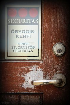 Look To These Tips To Up Your Home Security - http://princeconstruction.princefamily33.com/2014/04/15/look-to-these-tips-to-up-your-home-security/