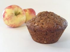 The BEST Apple Butter Muffin Recipe! You can use applesauce, but the apple butter gives these a really rich flavor that Great Desserts, Fall Desserts, Dessert Recipes, Homemade Apple Butter, Apple Butter Uses, Applesauce Muffins, Microwave Recipes, Butter Pecan, Deserts