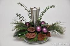 Haal de #Kerstsfeer naar binnen http://www.bissfloral.nl/blog/2013/12/11/haal-de-kerstsfeer-naar-binnen/