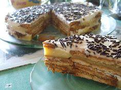 sobremesa de bolacha com pudim e natas Portuguese Desserts, Portuguese Recipes, Cheesecakes, Custard Pudding, Sweet Cakes, Coco, Sweet Recipes, Deserts, Good Food
