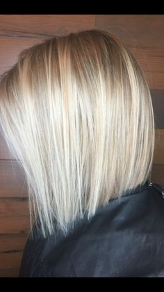 Blonde bob haircut for spring/summer