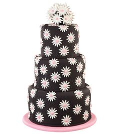 Sweet as a daisy! Such a fun cake design by @Wilton Cake Decorating