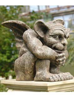 Instill a touch of gothic elegance to your living space with the Design Toscano Emmett the Gargoyle Statue. This sculpture depicts Emmett the gargoyle as one of the most famous beasts that has always Resin Garden Statues, Angel Garden Statues, Garden Angels, Garden Sculpture, Yard Sculptures, Dragons, Ange Demon, Garden Supplies, Garden Planning