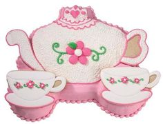 Flat ones, round ones some as big as your head.  O what a lovely bunch of teapot cakes!