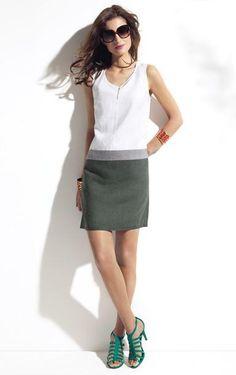 Tenues légères pour le bureau   la jupe et le chemisier de Caroll. à partir  de journaldesfemmes.com · Caroll 999db0b7431