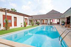 Вилла Red Mountain с четырьмя спальнями находится на в районе Кату острова Пхукет. Месторасположение виллы создаст максимальный комфорт для отдыха.