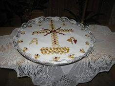 Κόλλυβα Sheet Cake Recipes, Greek Recipes, Decoupage, Diy And Crafts, Decorative Plates, Cooking, Desserts, Food, Texas