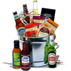 Are you asking what to get a beer lover? Then look no further than our Beer Gifts, including beers from around the world. They'll love our beer gift baskets! Baskets For Men, Diy Gift Baskets, Raffle Baskets, Basket Gift, Bbq Gifts, Grilling Gifts, Fathers Day Gift Basket, Fathers Day Gifts, Beer Basket