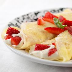 Strawberry White Chocolate Mousse Crepes #dessert #recipe....hopefully, this will be like the ones at Copper Cellar!