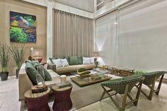 """O """"Living da Varanda"""", vitrine com mobiliário da Tidelli, assinadapelas arquitetas Caroline Andrusko e Eliza Schuchovski, é um espaço versátil, pensado tanto para projetos residenciais quanto corporativos."""