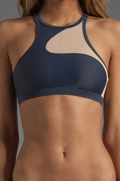 adidas by Stella McCartney Swim Top in Urban Sky/Soft Powder en Urban Sky & Soft Powder | REVOLVE