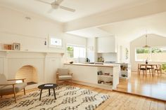 Home makeover: California bungalow an exercise in restraint
