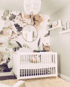 🎵 G-L-A-M-O-R-O-U-S 💍 • #babyletto Gelato crib • 📷: nursery designed by mama @quelllkelsey 🌹