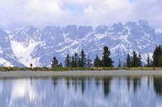 Keväinen järvi Alpeilla. #Alps #Aurinkomatkat #Alppimatkat #Ski