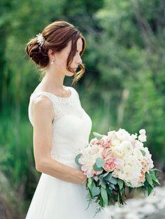 Photography : Jesse Rashotte Photography | Floral Design : Living Fresh | Wedding Dress : Rosa Clara Read More on SMP: http://www.stylemepretty.com/canada-weddings/ontario/cambridge-ontario/2015/11/09/elegant-golf-club-wedding-in-ontario/