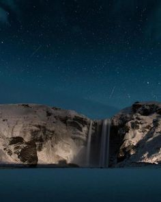 Clear skies and shooting stars over Skógafoss, Iceland [OC] - jetclarke Waterfall Wallpaper, Outdoor Photos, Clear Sky, Shooting Stars, Loose Weight, Planet Earth, Travel Photos, Nature Photography, Travel Photography
