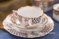 Well This is a Tea Cup as a Gift! :D Mosaic and Flowers - Décor Teacup with a Dessert Plate Mosaic Flowers, Tea Sets, Teacups, Cup And Saucer, Tea Time, Pots, Porcelain, China, Dinner