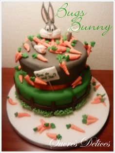 http://www.sucrésdélices.com/2013/07/gateau-bugs-bunny/