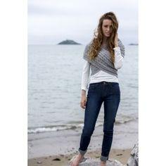 Search results for: 'women aran sweaters aran fisherman knit crossover wrap navy