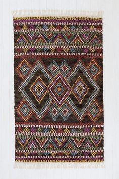 Kenya Diamond Moroccan Rug #urbanoutfitters