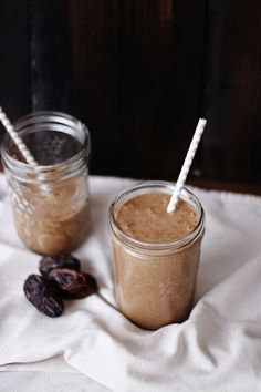 This Rawsome Vegan Life: COFFEE & CACAO BANANA BLISS MYLKSHAKE