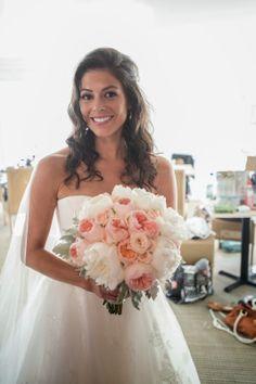 peach-garden-rose-bridal-bouquet