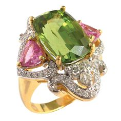 Peridot, diamond and sapphire ring by Sharart.My birthstone! Peridot Jewelry, Gems Jewelry, High Jewelry, Jewelry Accessories, Jewelry Design, Jewlery, International Jewelry, Big Rings, Or Antique