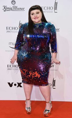 Pin on fat style Fat Fashion, Curvy Fashion, Plus Size Fashion, Girl Fashion, Fashion Outfits, Beth Ditto, Plus Size Bikini, Plus Size Dresses, Plus Size Outfits