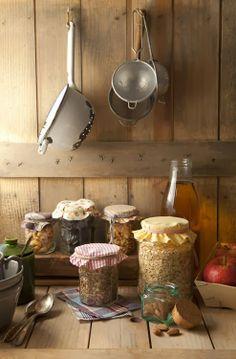 kiyoaki: (vía Cook me tender: Desayuno energético)kiyoaki: (vía Cook me tender: Desayuno energético) Country Farmhouse, Country Life, Country Decor, Country Living, Country Style, Country Charm, Country Kitchens, Primitive Country, French Country