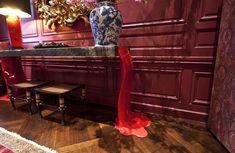 Mostra de decoração: Kips Bay Decorator Show House. Veja mais: http://casadevalentina.com.br/blog/detalhes/decorator-show-house--ny-2869 details #interior #design #decoracao #detalhes #decor #home #casa #design #idea #ideia #charm #charme #casadevalentina #news #novidades #red #vermelho